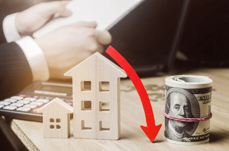 When to drop the price on your home