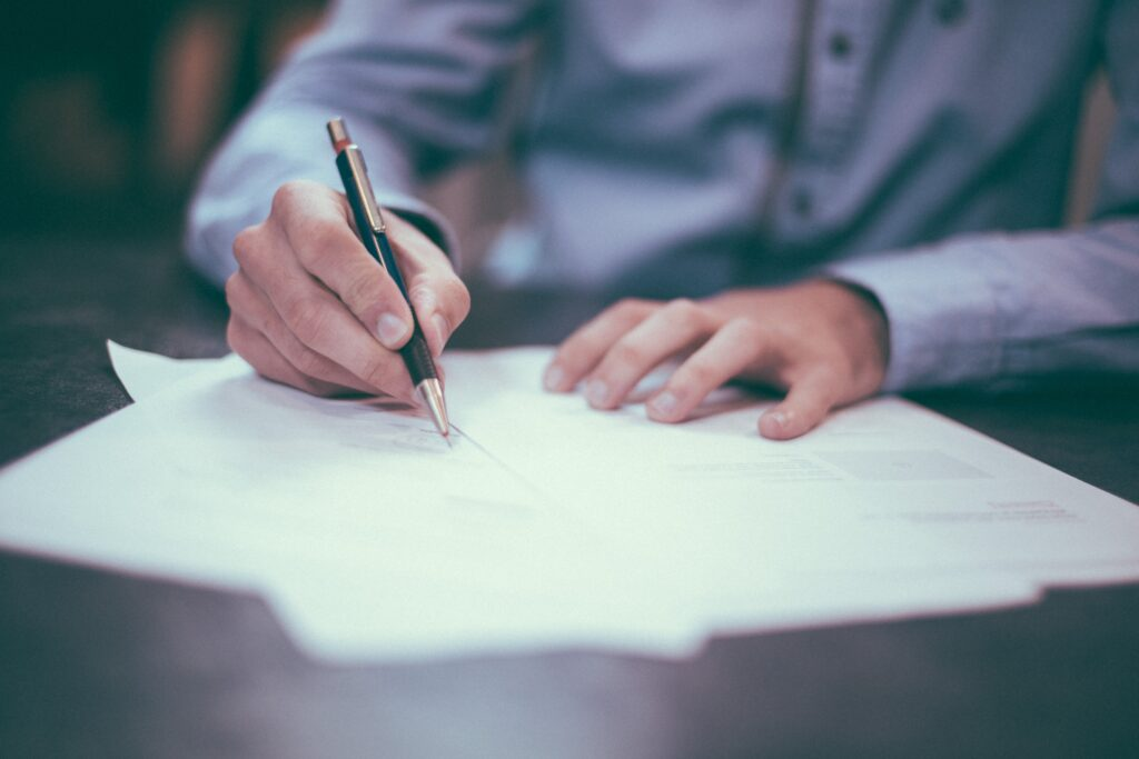 How to perform a landlord background check