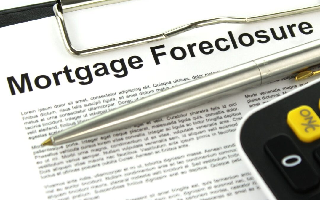 Two Different Types of Foreclosure You Should Know About